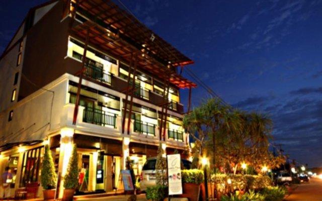 Отель Lanta Mermaid Boutique House вид на фасад