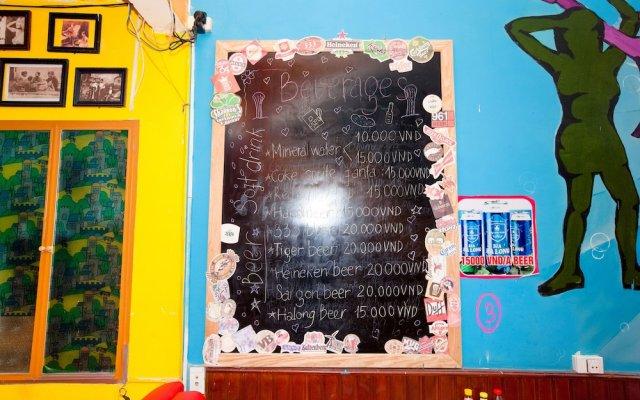 Отель Halong Party Hostel Вьетнам, Халонг - отзывы, цены и фото номеров - забронировать отель Halong Party Hostel онлайн вид на фасад