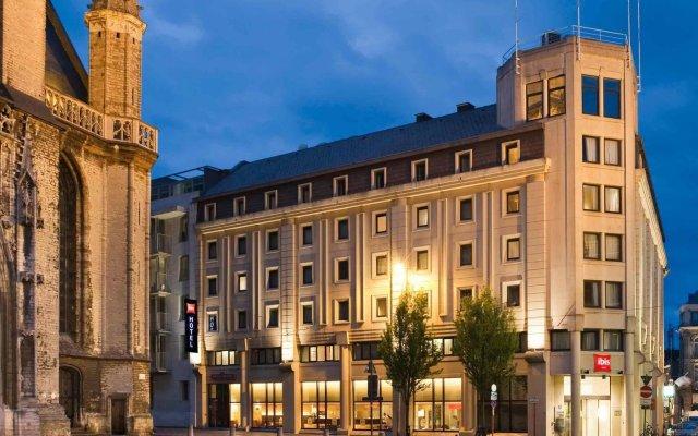 Отель ibis Gent Centrum St-Baafs Kathedraal вид на фасад