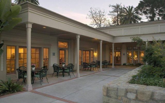 Отель Pacifica Suites вид на фасад