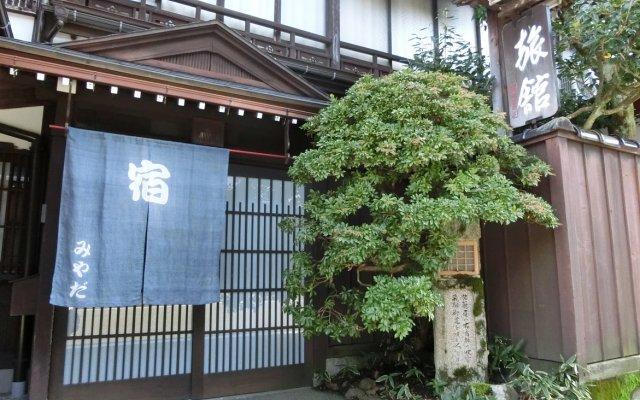 Отель Miyata Ryokan Тояма вид на фасад