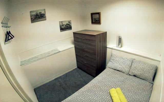 Гостиница Hostel Fonar в Санкт-Петербурге 7 отзывов об отеле, цены и фото номеров - забронировать гостиницу Hostel Fonar онлайн Санкт-Петербург комната для гостей