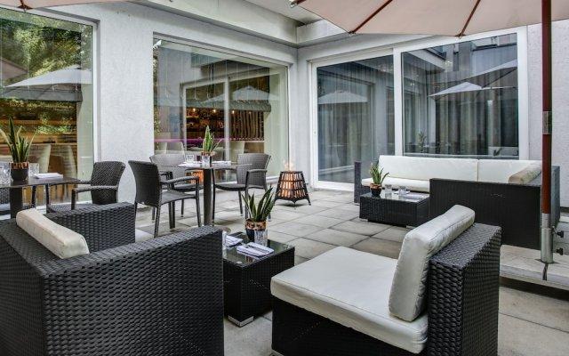 Отель FourSide Hotel & Suites Vienna Австрия, Вена - 3 отзыва об отеле, цены и фото номеров - забронировать отель FourSide Hotel & Suites Vienna онлайн вид на фасад