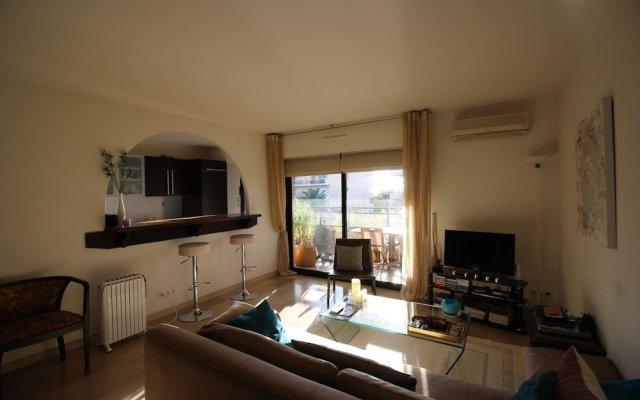 Отель Nice Booking - L'agena Park Франция, Ницца - отзывы, цены и фото номеров - забронировать отель Nice Booking - L'agena Park онлайн комната для гостей