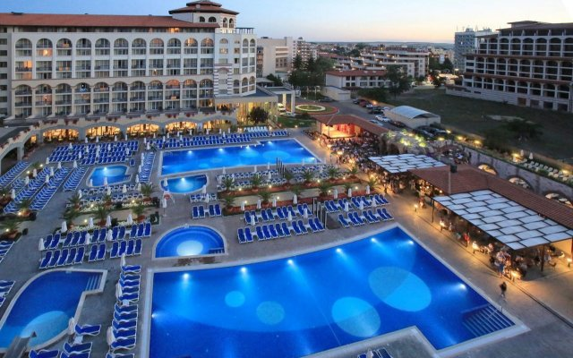 Отель Iberostar Sunny Beach Resort - All Inclusive вид на фасад