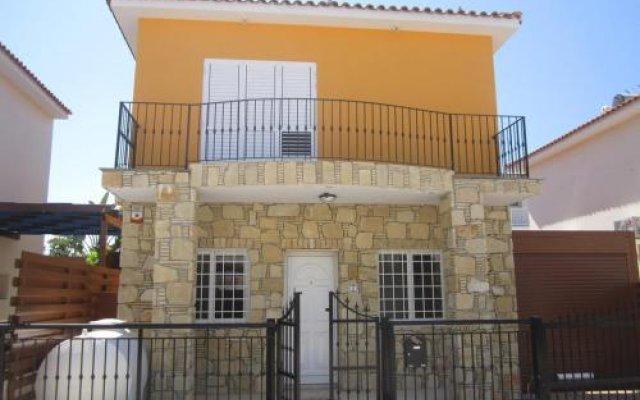 Отель Valentinos Villa Кипр, Протарас - отзывы, цены и фото номеров - забронировать отель Valentinos Villa онлайн вид на фасад