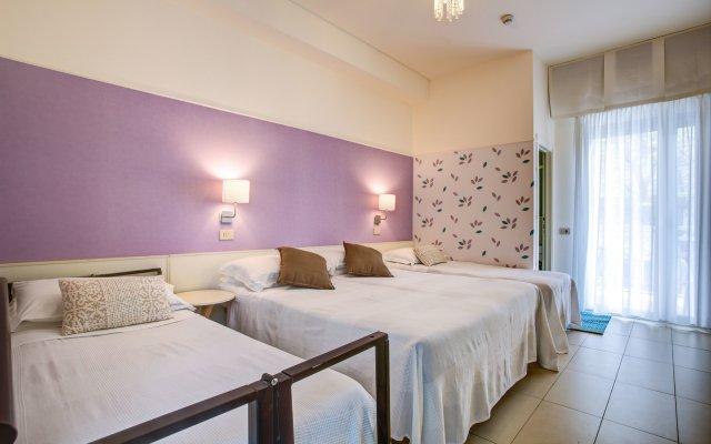 Отель Konrad Римини комната для гостей
