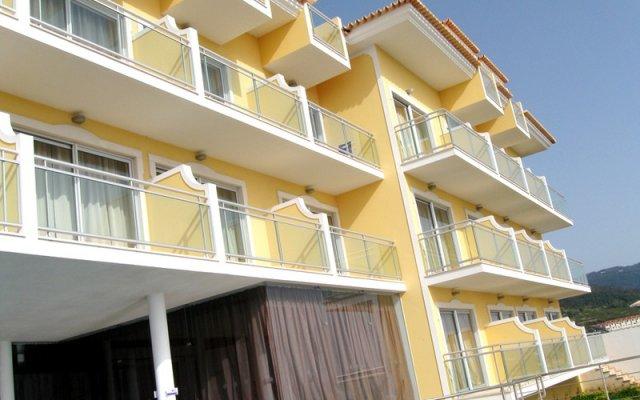 Отель Apartamentos Baia Brava Санта-Крус вид на фасад