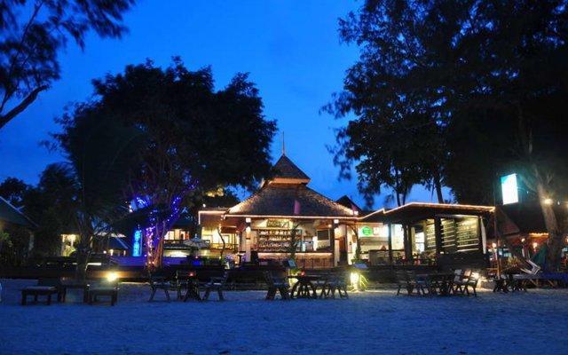 Отель Samui Honey Cottages Beach Resort вид на фасад