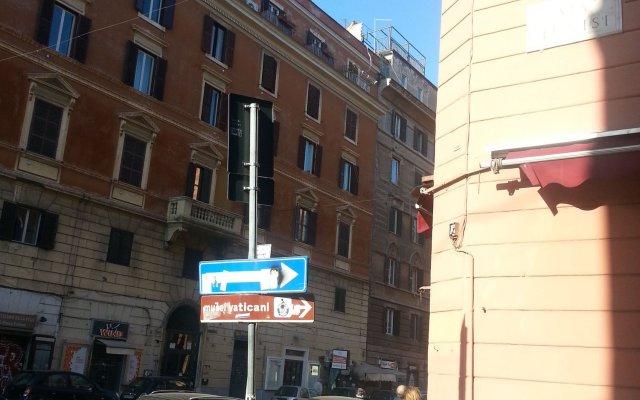 Отель Notti al Vaticano Deluxe St.Peter's Accommodation вид на фасад