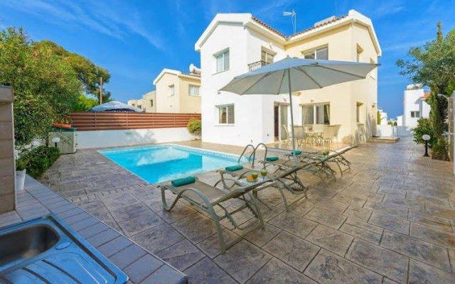 Отель Villa Zacharia Кипр, Протарас - отзывы, цены и фото номеров - забронировать отель Villa Zacharia онлайн вид на фасад