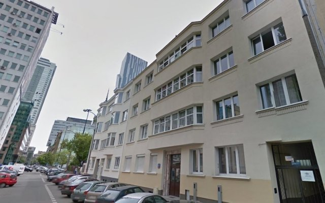 Отель next to Central Railway St. Польша, Варшава - отзывы, цены и фото номеров - забронировать отель next to Central Railway St. онлайн