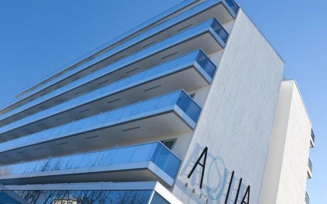 Aqua Hotel Римини вид на фасад