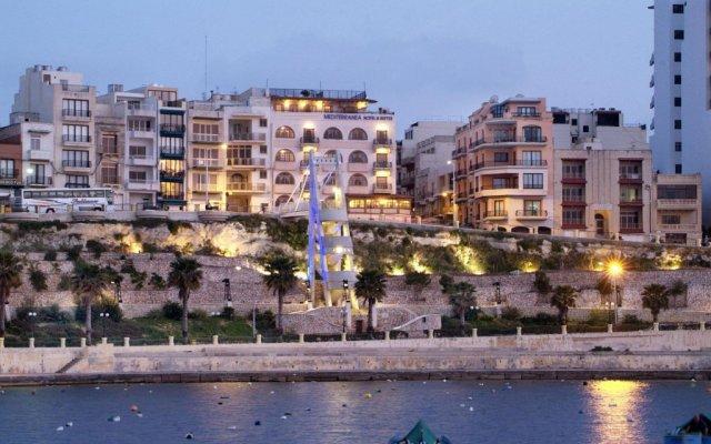 Отель Mediterranea Hotel And Suites Мальта, Сан-Пауль-иль-Бахар - отзывы, цены и фото номеров - забронировать отель Mediterranea Hotel And Suites онлайн вид на фасад