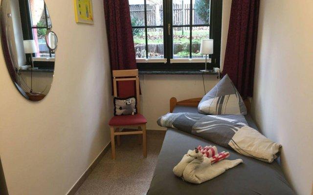 Отель Appartements Rehn Германия, Дрезден - отзывы, цены и фото номеров - забронировать отель Appartements Rehn онлайн комната для гостей