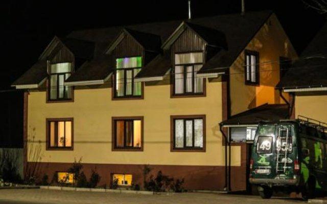 Отель Guest house Altay Кыргызстан, Каракол - отзывы, цены и фото номеров - забронировать отель Guest house Altay онлайн вид на фасад