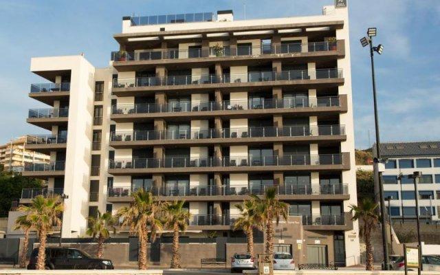Отель Apartamentos Fuengirola Playa Испания, Фуэнхирола - отзывы, цены и фото номеров - забронировать отель Apartamentos Fuengirola Playa онлайн вид на фасад