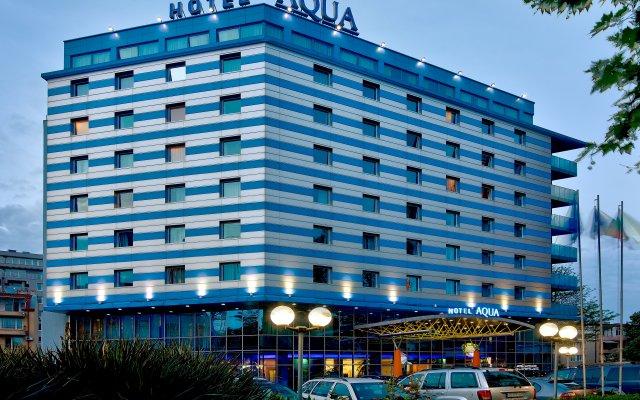 Aqua Hotel Burgas вид на фасад