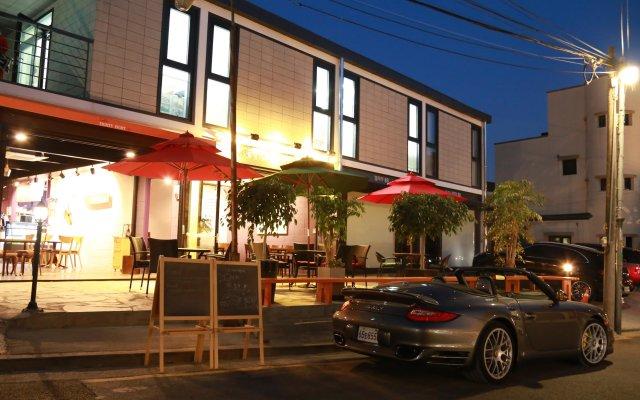 Отель 88st Guesthouse N Cafe Южная Корея, Сеул - отзывы, цены и фото номеров - забронировать отель 88st Guesthouse N Cafe онлайн вид на фасад