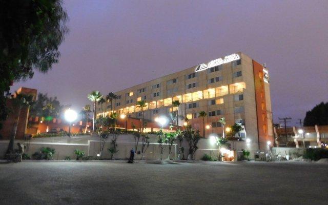 Hotel Palacio Azteca вид на фасад