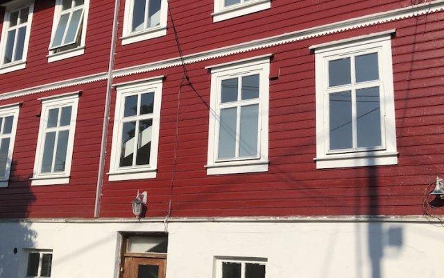 Отель Amandas House Норвегия, Гаугесунн - отзывы, цены и фото номеров - забронировать отель Amandas House онлайн вид на фасад