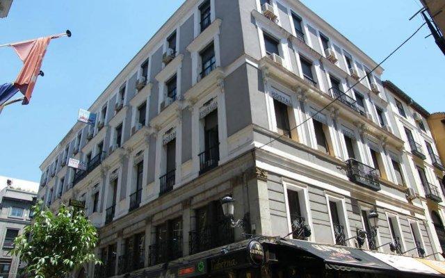 Отель Hostal Veracruz Испания, Мадрид - отзывы, цены и фото номеров - забронировать отель Hostal Veracruz онлайн вид на фасад