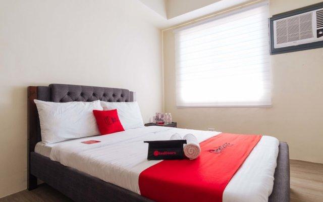 RedDoorz Premium @ Vista Heights Legarda