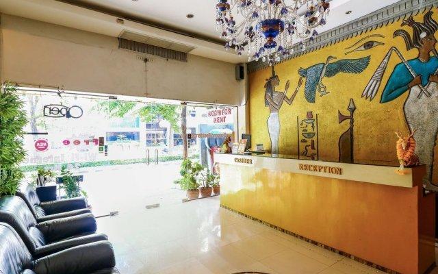 Отель Nida Rooms Suriyawong 703 Business Town Бангкок вид на фасад