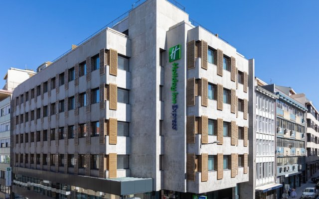 Отель Holiday Inn Express Porto City Center Порту вид на фасад