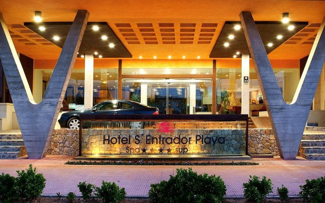 Hotel & Spa SEntrador Playa вид на фасад