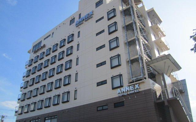 Annex Royal Hotel вид на фасад