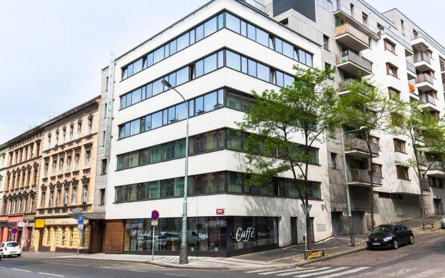 Hotel Ehrlich вид на фасад