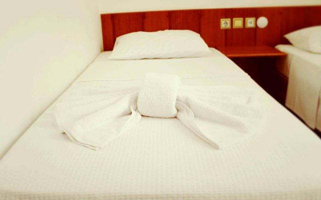 Отель Albergo Otel Cesme Чешме комната для гостей