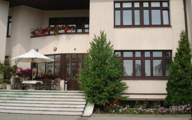 Отель Guesthouse Marija Литва, Вильнюс - отзывы, цены и фото номеров - забронировать отель Guesthouse Marija онлайн вид на фасад