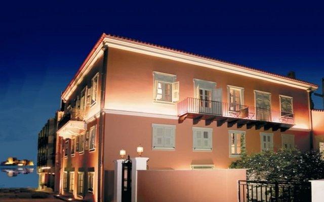 Hotel Ippoliti вид на фасад