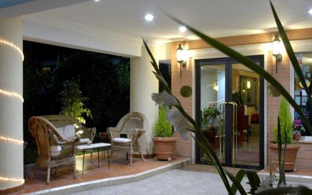 Отель Aurora Garden Hotel Италия, Рим - 4 отзыва об отеле, цены и фото номеров - забронировать отель Aurora Garden Hotel онлайн вид на фасад