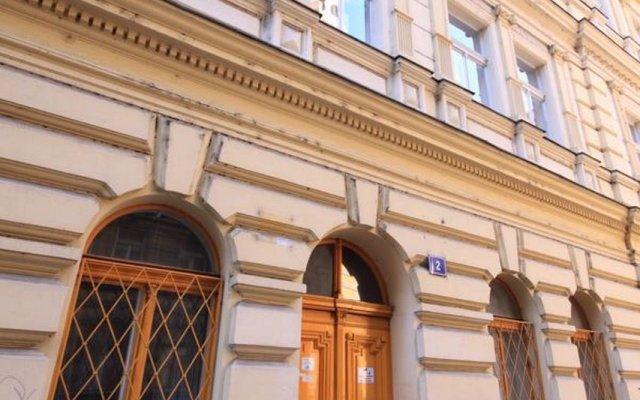 Отель Theatre Residence Apartments Чехия, Прага - 3 отзыва об отеле, цены и фото номеров - забронировать отель Theatre Residence Apartments онлайн вид на фасад