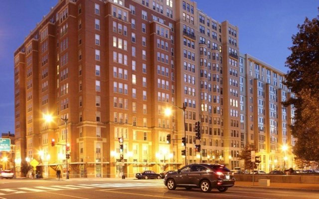 Отель Suite Home America - DC США, Вашингтон - отзывы, цены и фото номеров - забронировать отель Suite Home America - DC онлайн вид на фасад