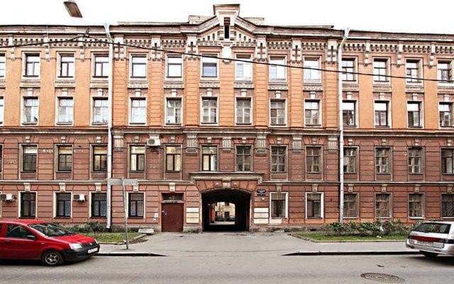 Апарт-отель на Графском, 7 Санкт-Петербург вид на фасад