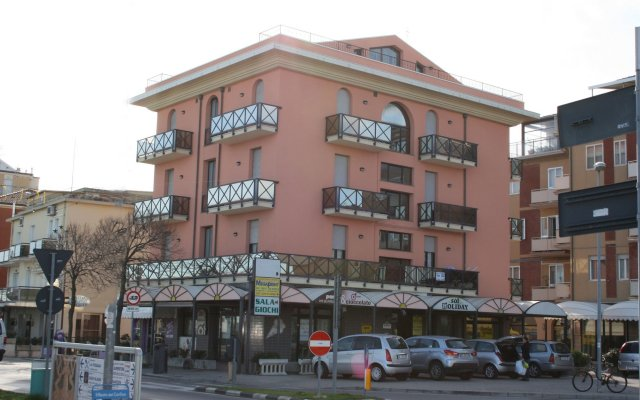 Отель Residenza Sol Holiday вид на фасад