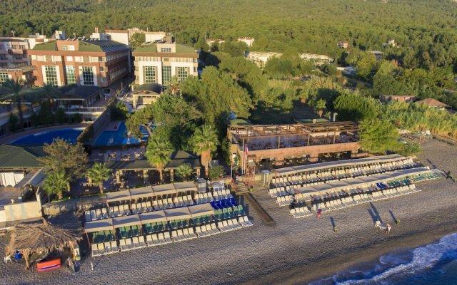 Отель Armas Gul Beach - All Inclusive вид на фасад