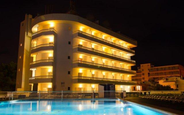 Отель BelleVue Belsana вид на фасад