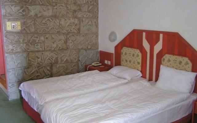 Отель Defne Garden комната для гостей