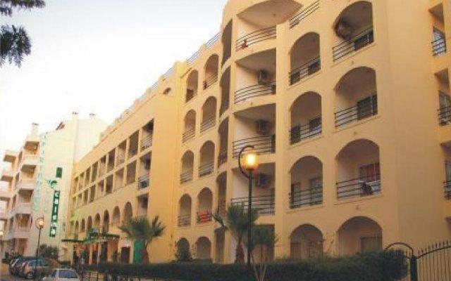 Отель CALEMA Монте-Горду вид на фасад