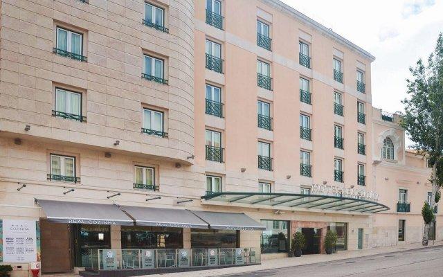 Отель Real Palacio Португалия, Лиссабон - 13 отзывов об отеле, цены и фото номеров - забронировать отель Real Palacio онлайн вид на фасад