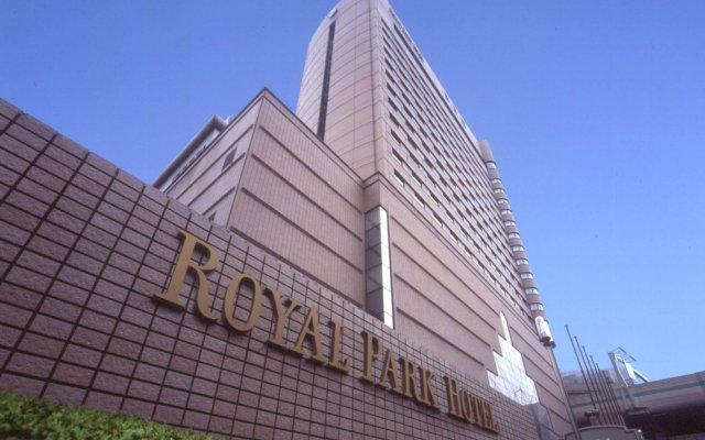 Отель Royal Park Hotel Япония, Токио - отзывы, цены и фото номеров - забронировать отель Royal Park Hotel онлайн вид на фасад