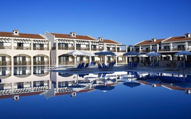 Отель Roda Beach Resort & Spa All-inclusive вид на фасад