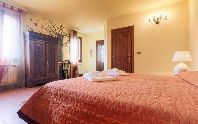 Отель Agriturismo Podere Villa Alessi Италия, Региональный парк Colli Euganei - отзывы, цены и фото номеров - забронировать отель Agriturismo Podere Villa Alessi онлайн комната для гостей