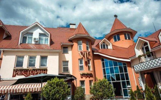 VIP Hotel Хуст вид на фасад