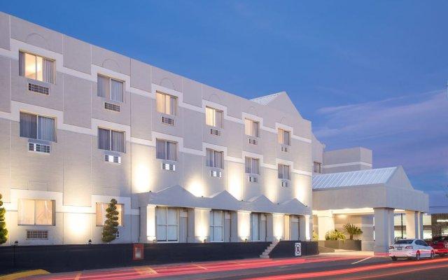 Отель Casa Grande Delicias вид на фасад